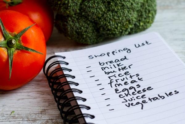 liste-courses-alimentaire-bien-faire-ses-courses-supermarché