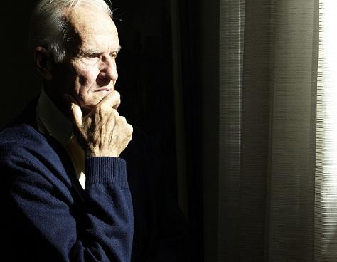 o-SAD-OLD-MAN-SITTING-ALONE-facebook