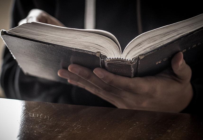 Je prends plaisir à lire ma Bible afin de connaitre Ta Parole.