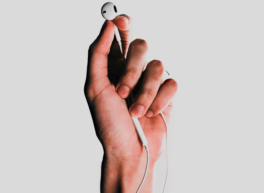 Écouter Dieu et Lui obéir dès qu'Il nous parle. Pourquoi et Comment ?