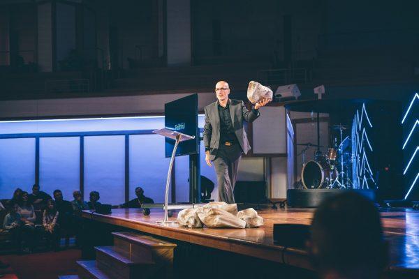 Évangélisation: Dieu cherche des messagers pas des Avocats !