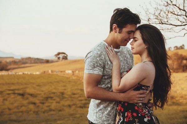 Peut-on avoir des rapports sexuels si nous sommes fiancés et sûrs de nous marier d'ici peu ?