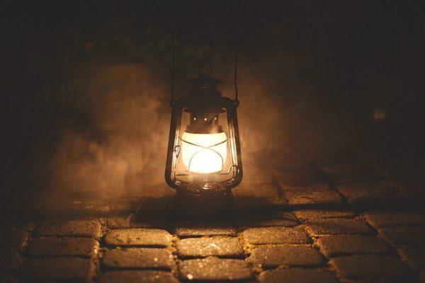 Garde ta lampe allumée, l'Époux est proche !