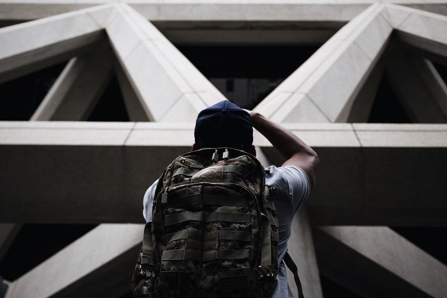 La pauvreté, est-ce le signe d'une malédiction ?