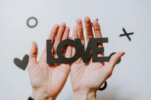 Mon mariage est-il en danger ? 3 signaux d'alerte d'un couple au bord de la rupture.