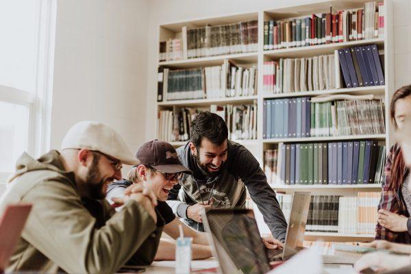 Comment parvenir à l'équilibre entre vie de foi et vie professionnelle ?