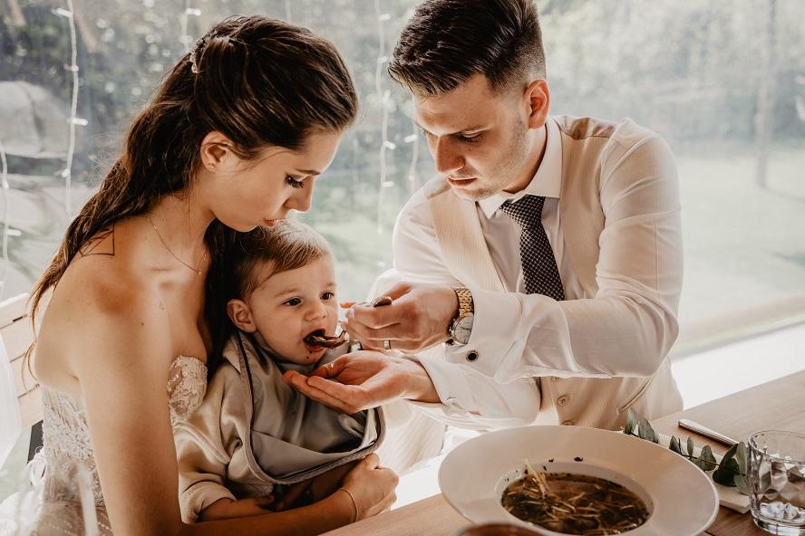 Quelle est la place des conjoints dans la famille ?